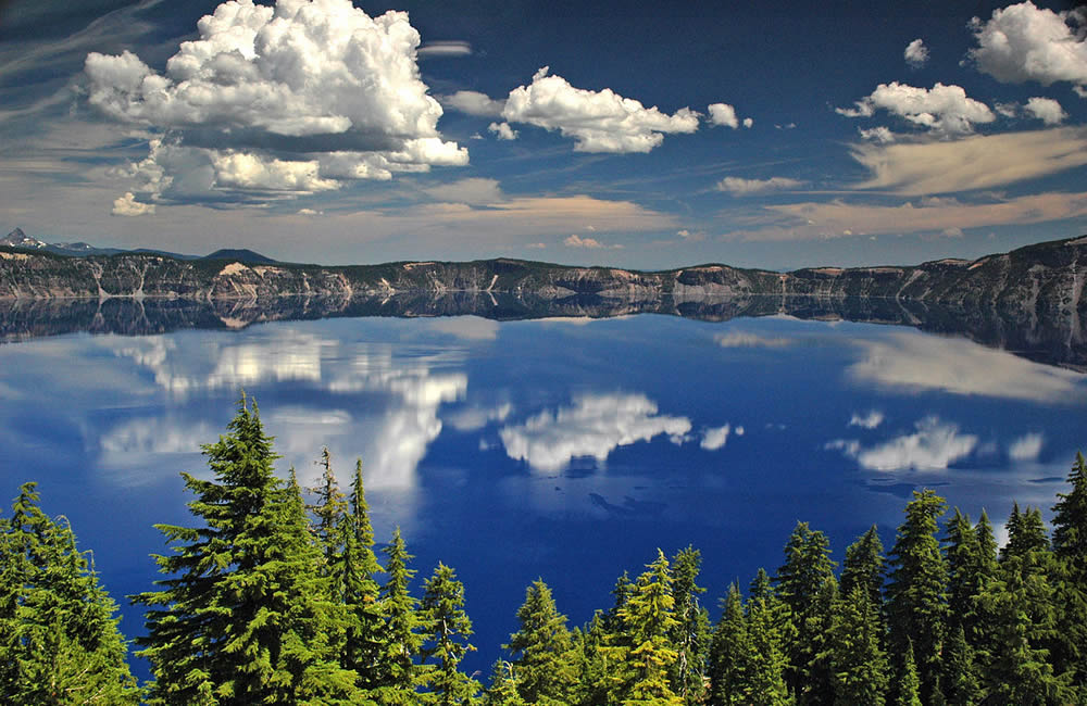 crater lake vortex